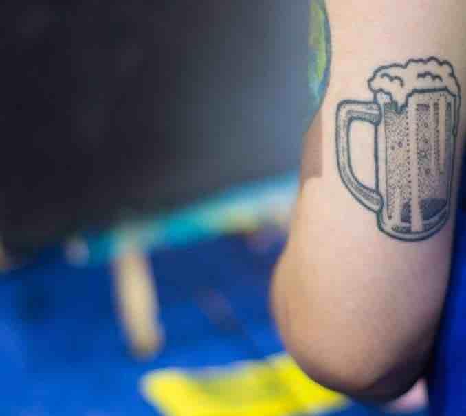 Tatuaje jarra cerveza